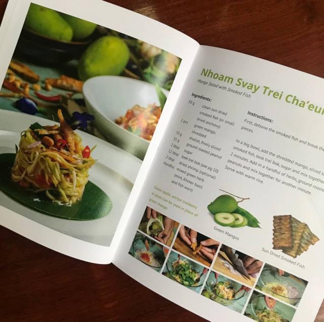 How to Make Nhoam Svay Trei Cha'eur/ Mango Salad with Smoked Fish