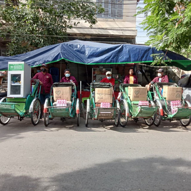 Student on Mission to Serve Needy Cyclo Drivers