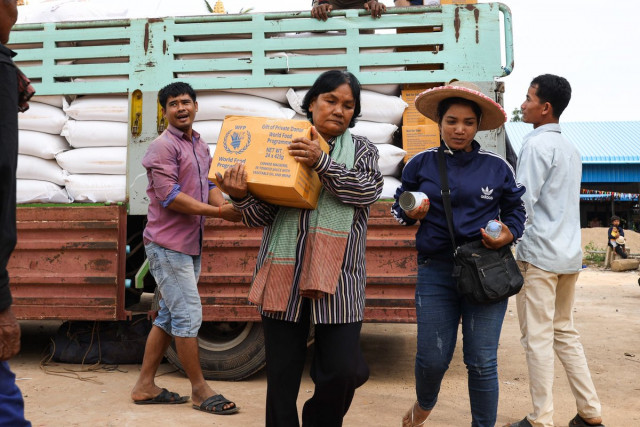 WFP distributes food to vulnerable households in Cambodia in response to COVID-19