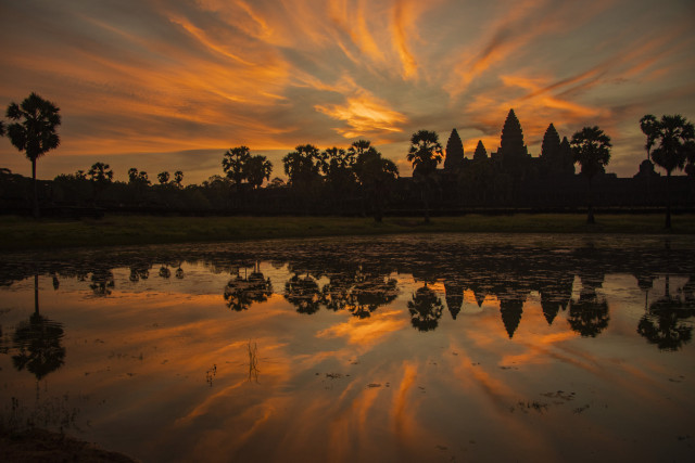 Cambodia's famed Angkor sees 98.6-pct drop in foreign visitors in H1