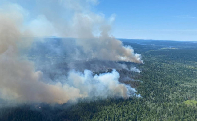 Canadian military on alert as wildfires rage