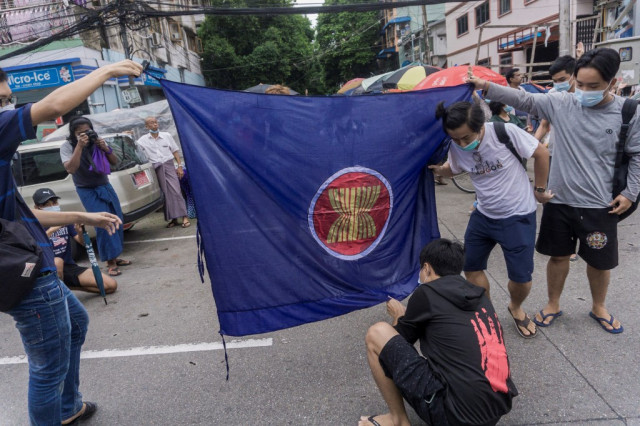 US pushes ASEAN to hold Myanmar accountable on coup