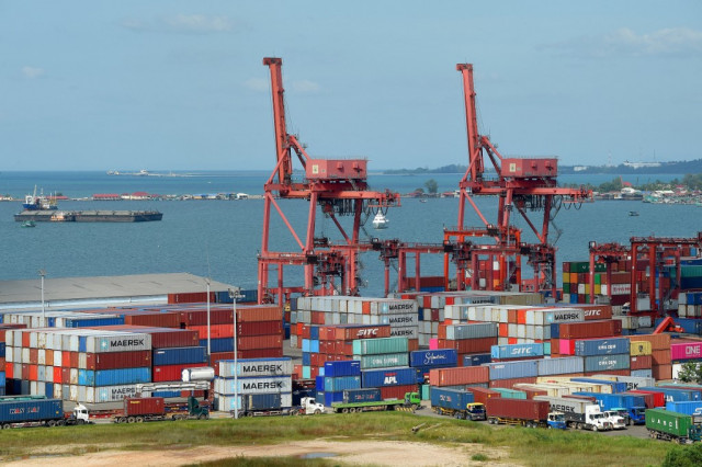 OECD: Update Regulations to Foster Growth in Cambodia's Logistics Sector