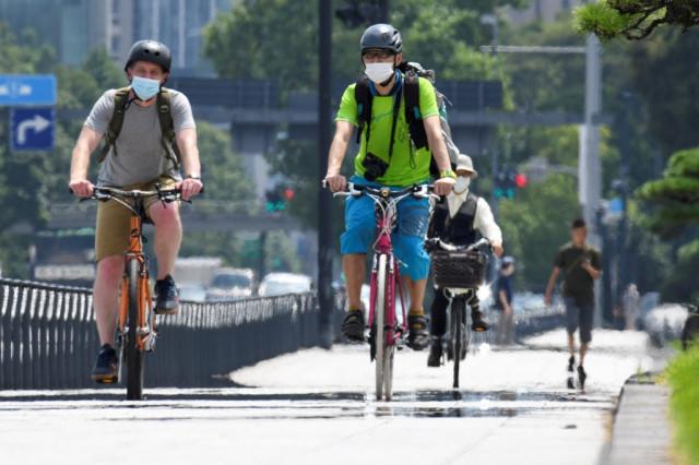 Heatwave hits Japan site of Olympic marathon