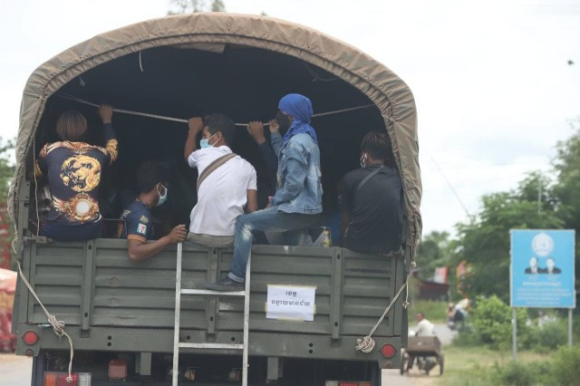 Report: Undocumented Migrant Workers in Urgent Need of Government Support