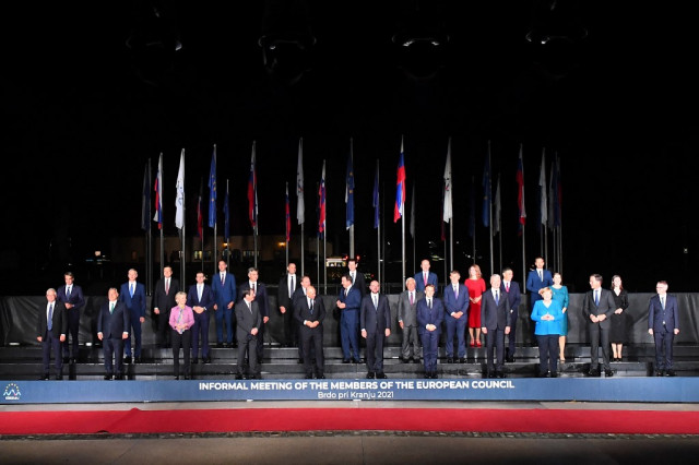 EU leaders seek unity on how to face China and US