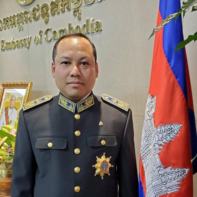 New Deputy Governor Pledges to Raise Sihanouk Province Prestige