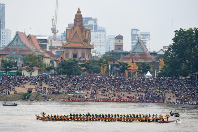 Cambodia Cancels Water Festival over COVID-19 Concerns