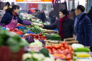 World food prices rise to highest in almost a year