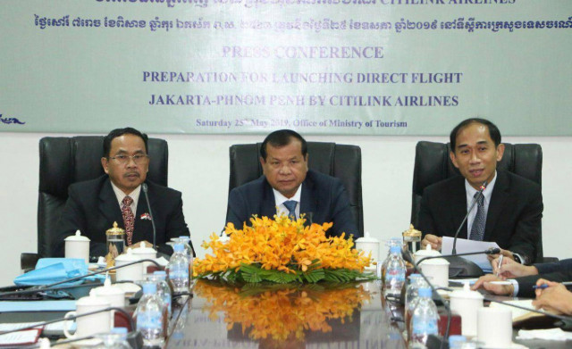 Direct flights between Cambodia-Indonesia to resume next month after an interruption  of nearly 50 years