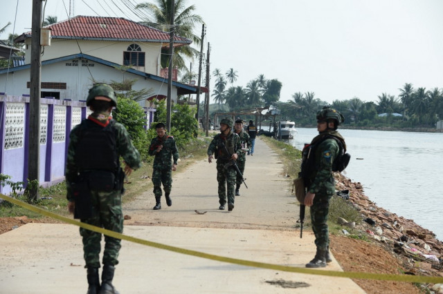 Thai army probe says rebel suspect could have been suffocated