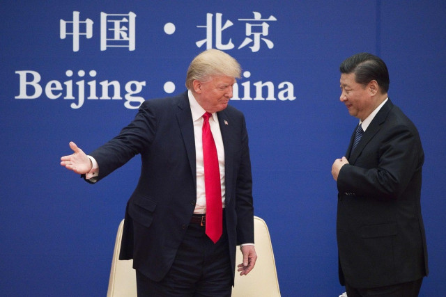 US-China trade talks resume after Trump tweetstorm