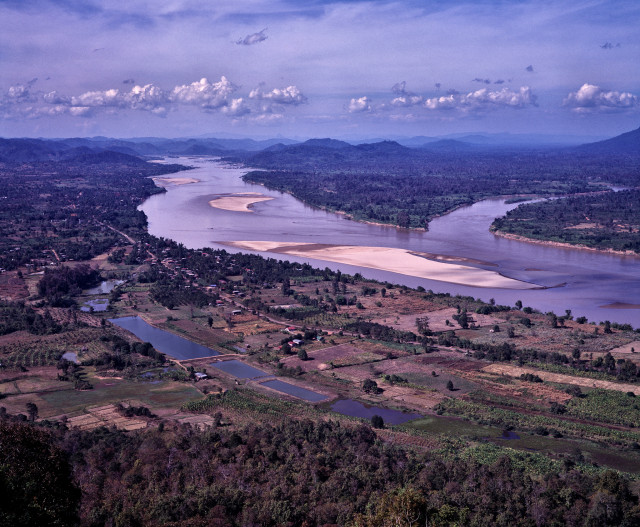 Mekong River at its lowest in 100 years, threatening food supply