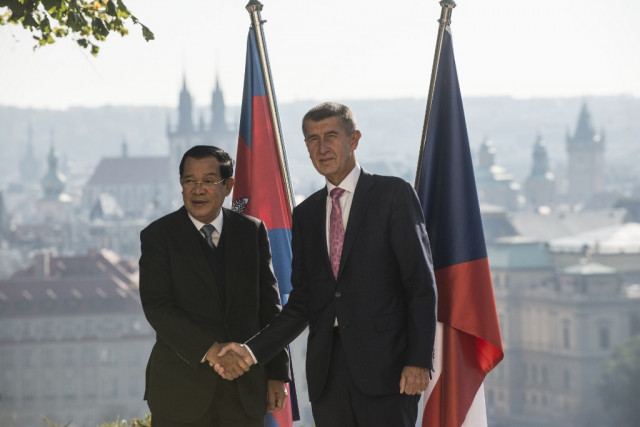 Cambodia and the Czech Republic Sign Agreements on Health and Trade