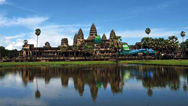 Number of int'l tourists to Cambodia's Angkor drops 13.7 pct in 10 months