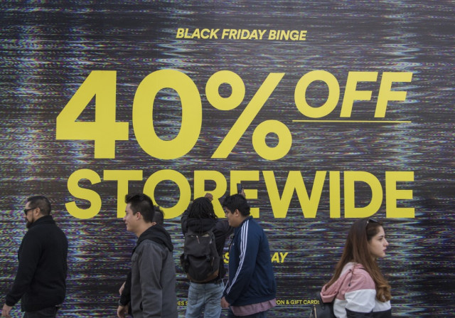 US online Black Friday sales hit record $7.4 bn