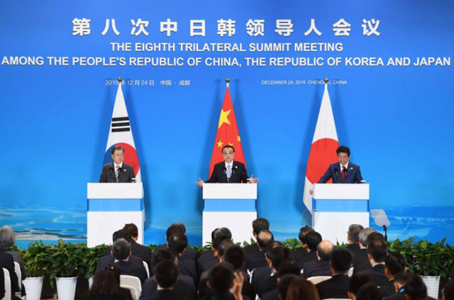 Cambodian PM says recent China-Japan-ROK leaders' meeting bodes well for Asia