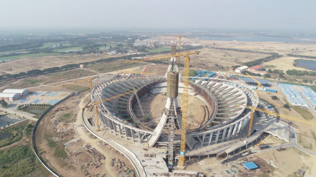 China-aided stadium in Cambodia symbolizes friendship