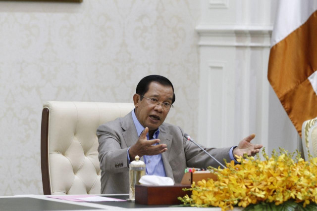 Hun Sen: No Flight Cancellation or Student Evacuation from China