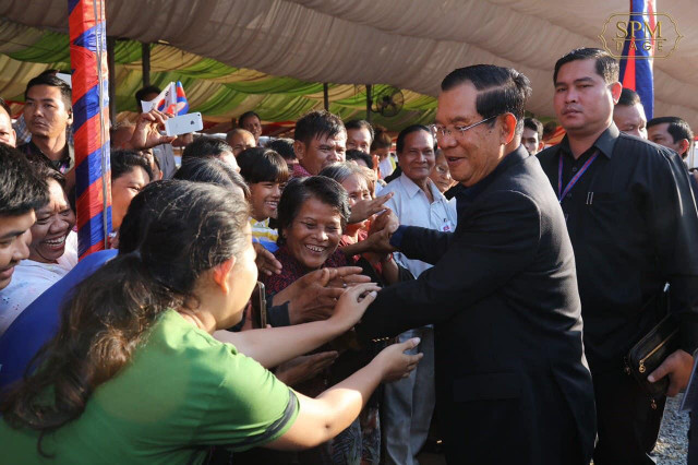 Hun Sen Unconcerned by Potential EBA Loss