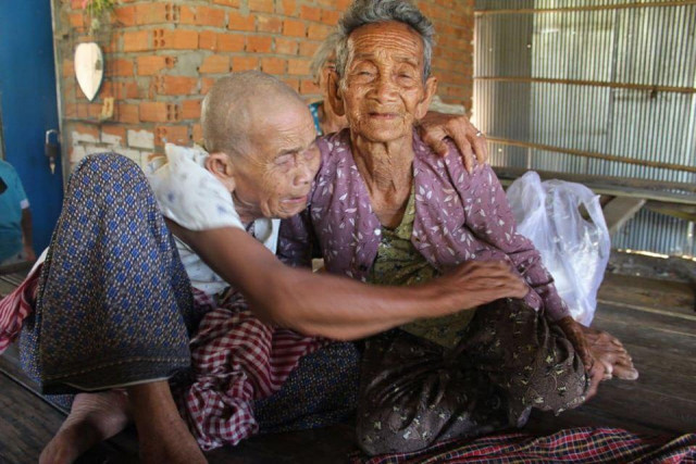 Two Cambodian Sisters Are Reunited after 47 Years