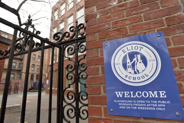 Several US states close schools to halt coronavirus