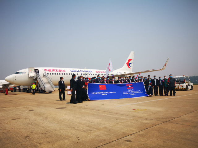 China sends COVID-19 medical team to Laos
