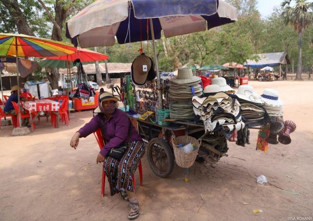 """Siem Reap Locals: """"Debt Haunts Us More Than COVID-19"""""""