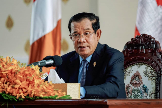 Do Not Force Government Officials to Donate Salaries: Hun Sen