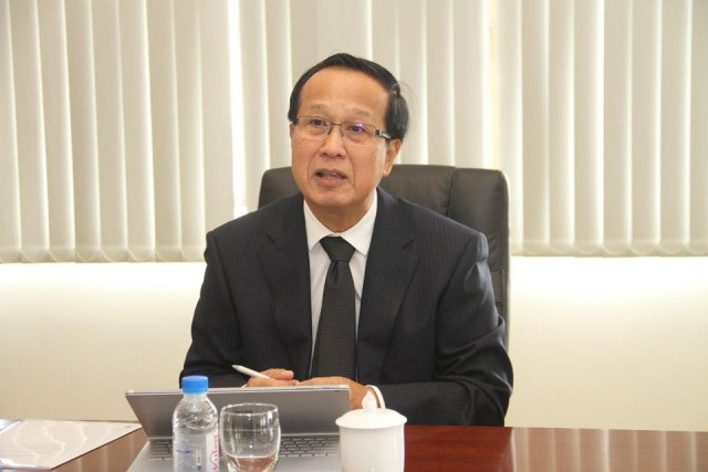 Commerce Minister Urges Garment Buyers to Honor Contracts