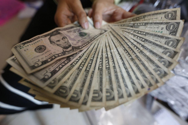 Small US Dollar Bills to Go Out of Circulation in Cambodia in Three Months