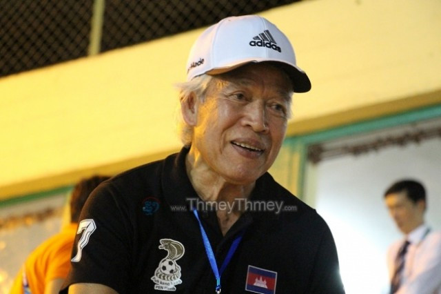 Football Hero Pen Phath to Dedicate Rest of Life to Cambodia