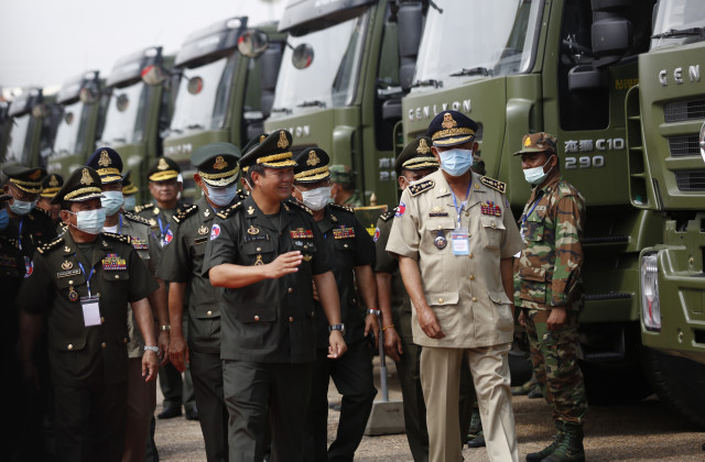 Hun Manet Responds to Criticisms over Military Truck Delivery