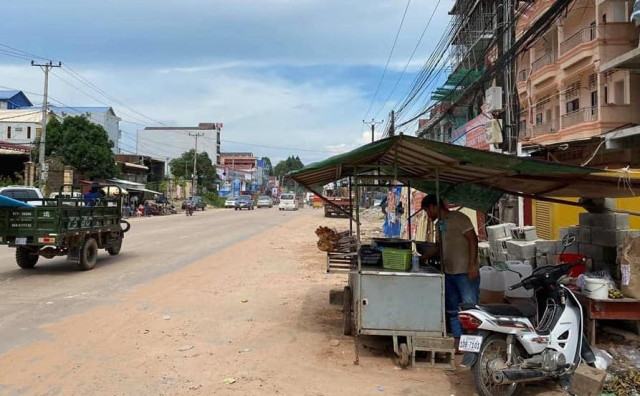 Sihanoukville Authorities Bow to Public Pressure, Reverse Street Vendor Ban