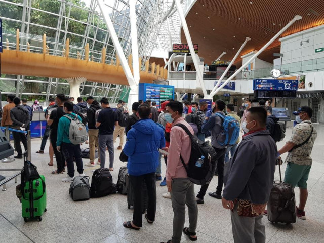 Cambodians Are Repatriated to the Country from Russia and Egypt via Malaysia