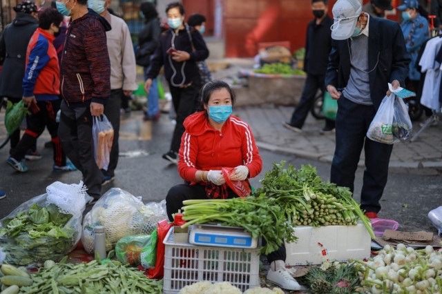 China inflation edges up on the back of food prices