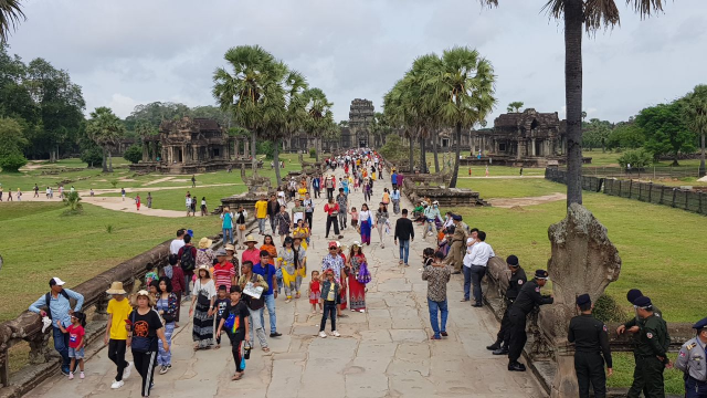 Over 1.4 Million People Crisscrossed the Country during the Second Khmer New Year