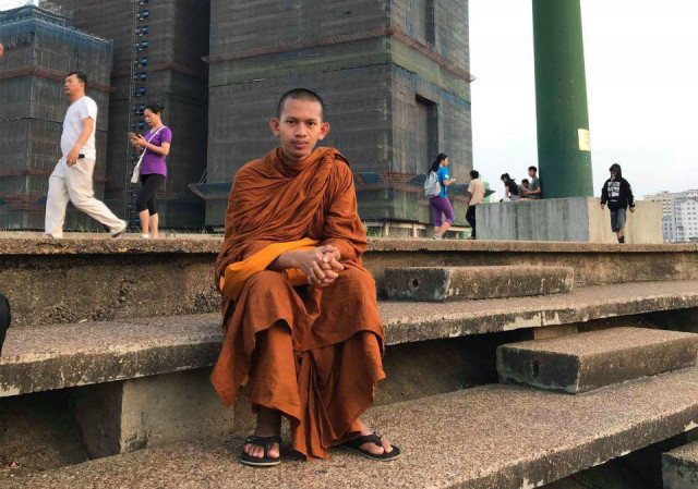 The First Monk to Study Journalism at the Department of Media and Communication