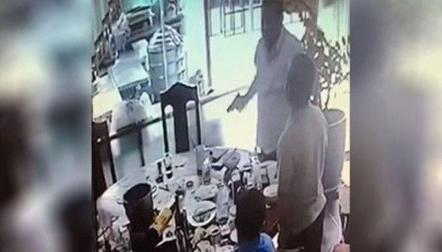 Counter-Terrorism Bureau Chief Suspended for Pulling his Gun in a Restaurant