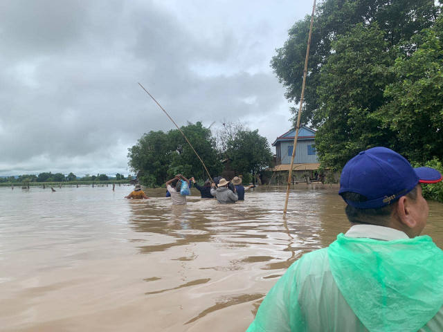 Two Deaths and over 14,000 People Displaced due to Floods in Cambodia