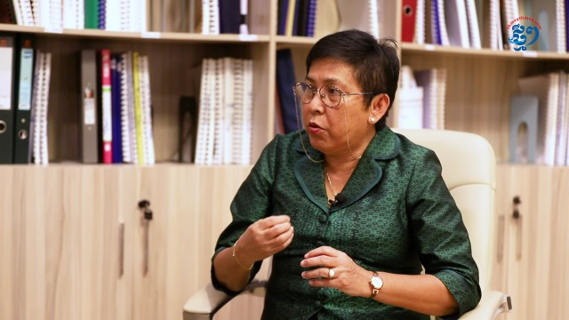 The Country Lacks Cambodian Experts for Heritage-Site Conservation, Culture MinisterSays