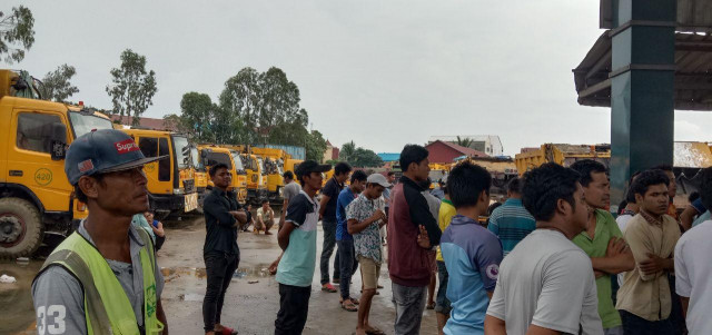 Cintri's Garbage-Collection Workers Remain on Strike despite an Arbitration Council's Order