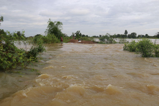 Floods: the Death Toll in Cambodia Rises to 10