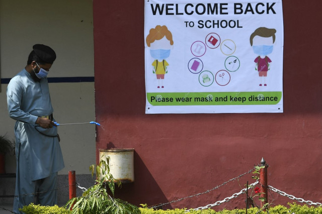 UN, World Bank urge school openings amid pandemic