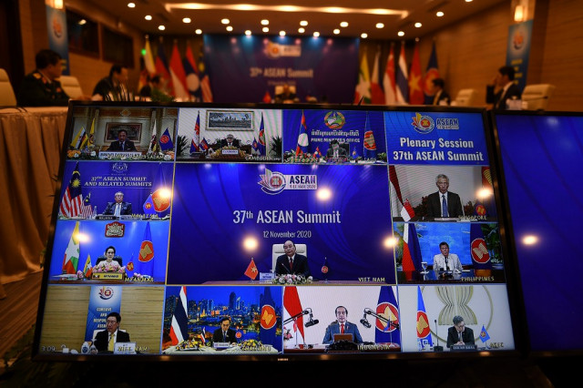 Huge China-backed trade pact to be signed at Southeast Asian summit