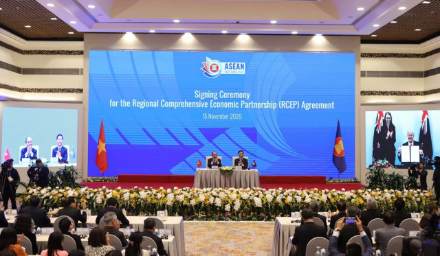 Interview: Signing of RCEP pact a boon for world economy: Cambodian scholars
