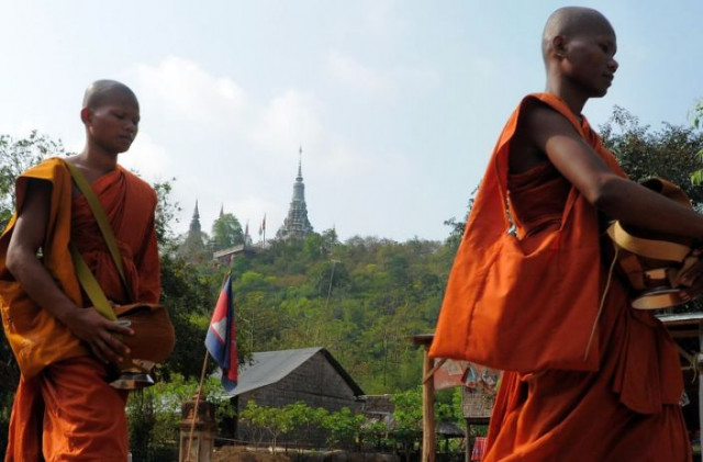 The Role of Buddhist Pagodas in Supporting Education in Cambodian Society