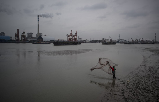 China to launch carbon emissions trading scheme next month