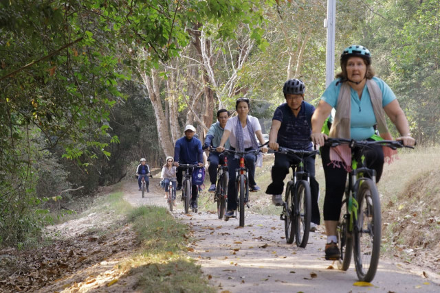 Apsara National Authority Inaugurates a Kilometers-Long Bicycle Trail in Angkor Park