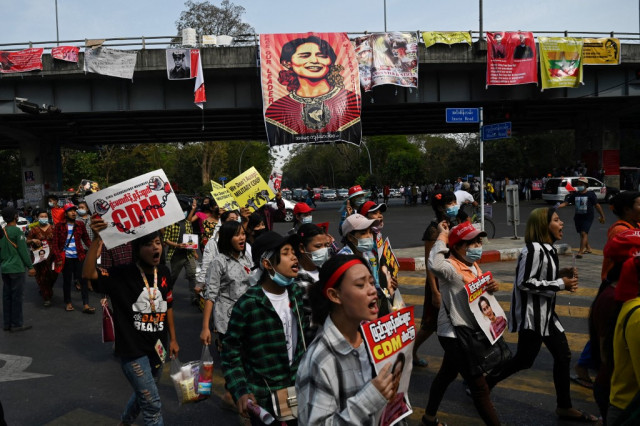 US urges Myanmar junta to yield power after protester death